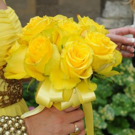 bouquet-in-yellow
