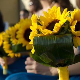 sunflowers-for-a-tuscany-wedding