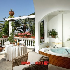 terrace-with-view-and-jacuzzi
