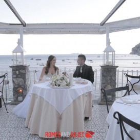 intimate-beach-wedding-positano