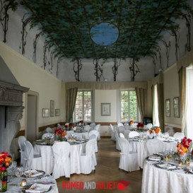 indoor-wedding-reception-villa-cipressi