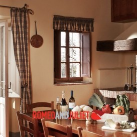 traditional-tuscan-kitchen
