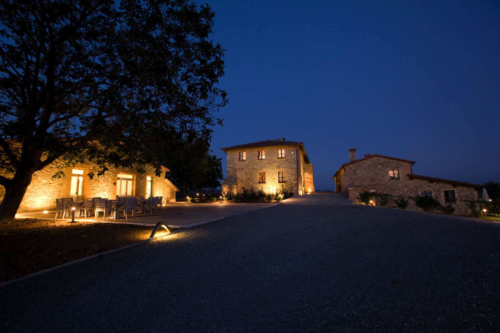 Villa Weddings in Tuscany