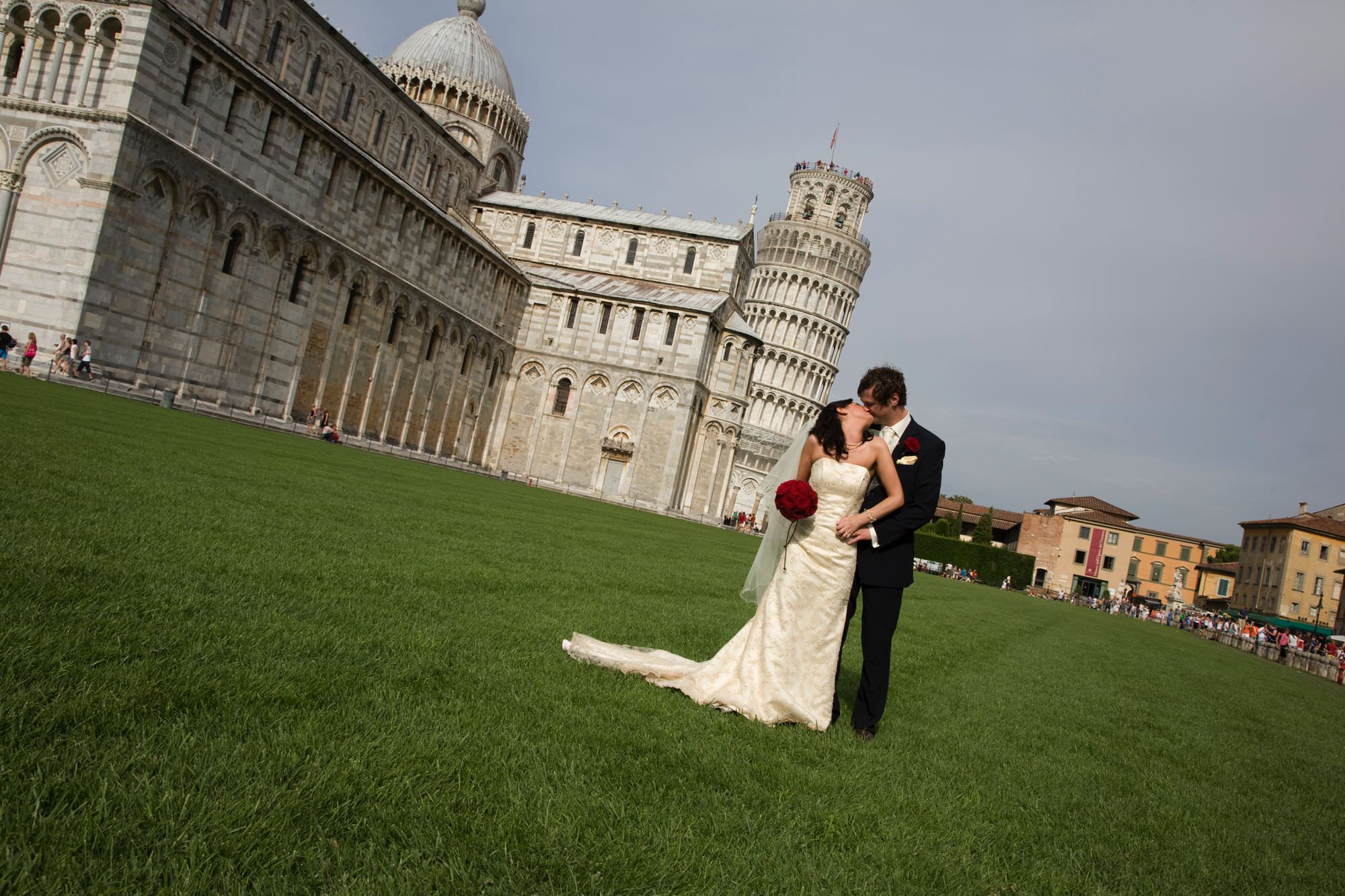 weddings in pisa