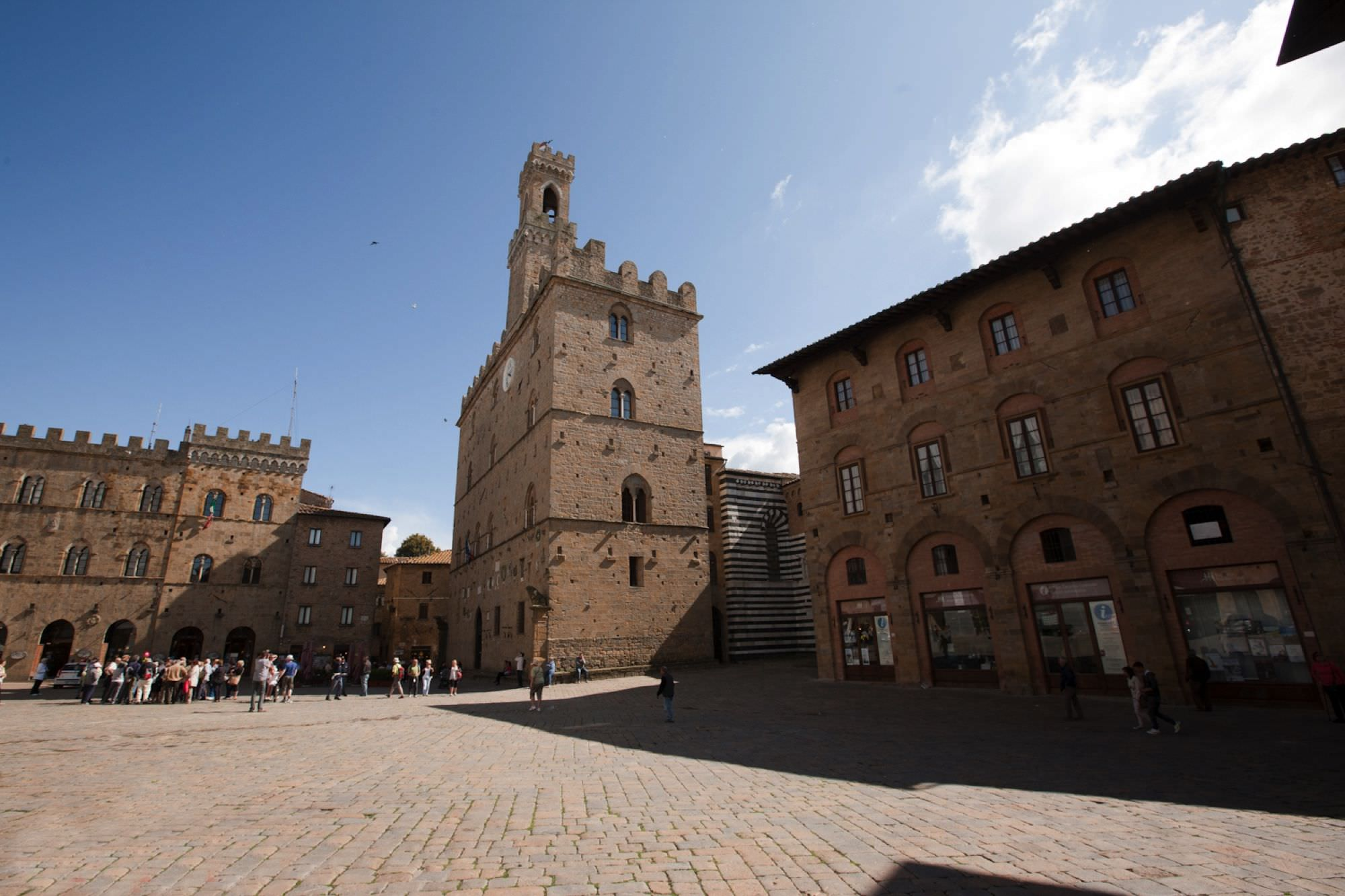 Weddings in Volterra