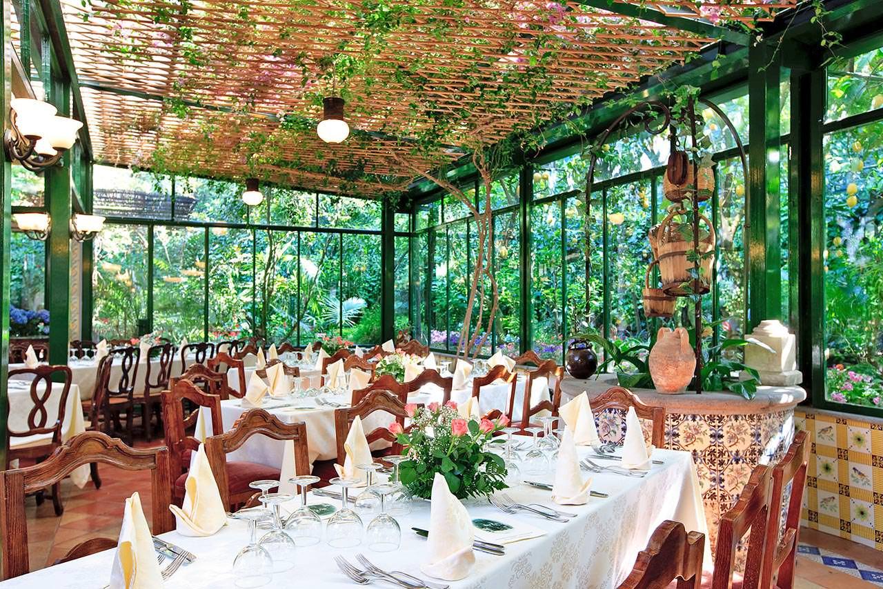 Garden Restaurant In Sorrento Sorrento Amalfi Coast
