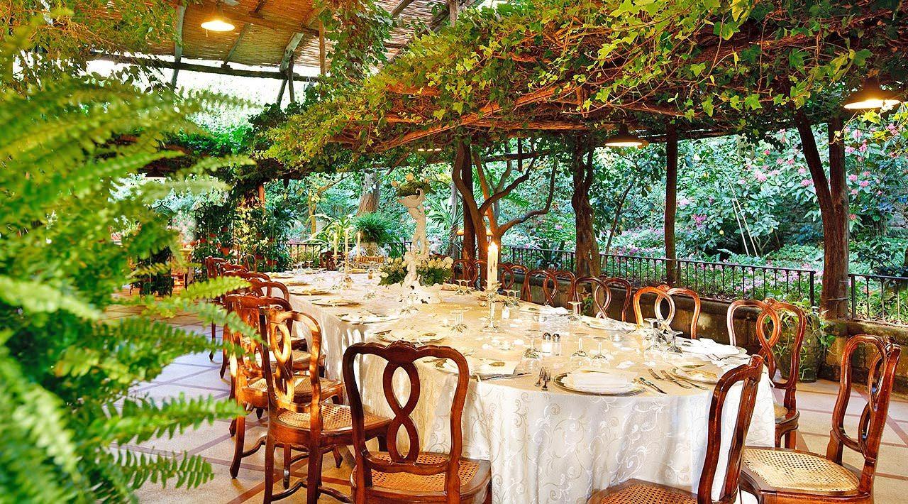 Garden restaurant in sorrento sorrento amalfi coast for Green italy