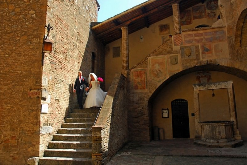 Tie the knot in San Gimignano wedding hall