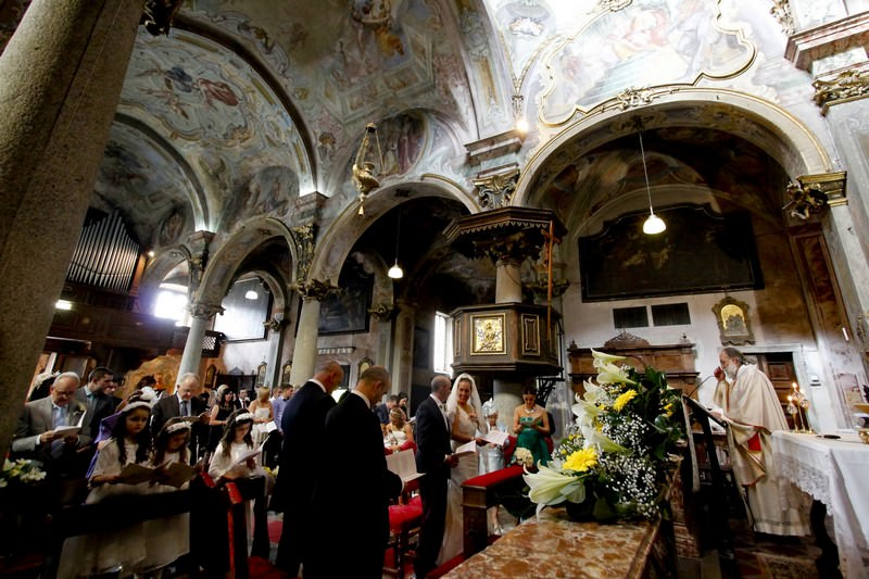 Catholic weddings in Lake Orta