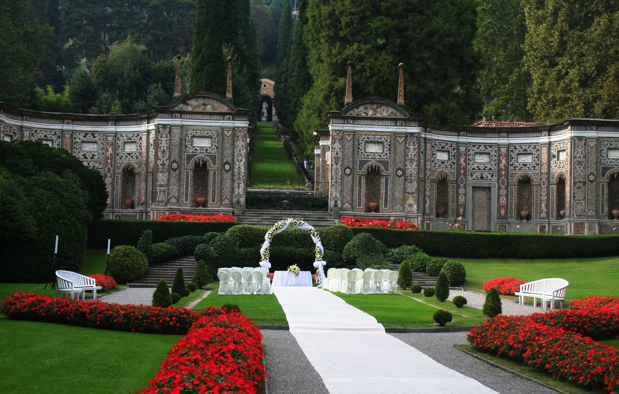 villa d 39 este wedding luxury hotels lake como italy wedding locations. Black Bedroom Furniture Sets. Home Design Ideas