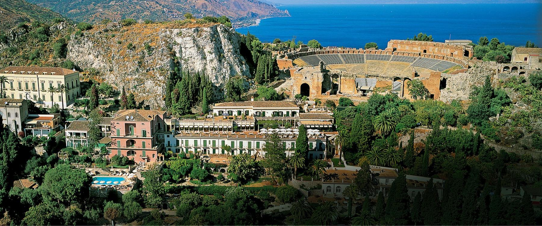 Luxury hotel in taormina taormina sicily italy for Hotel villa taormina