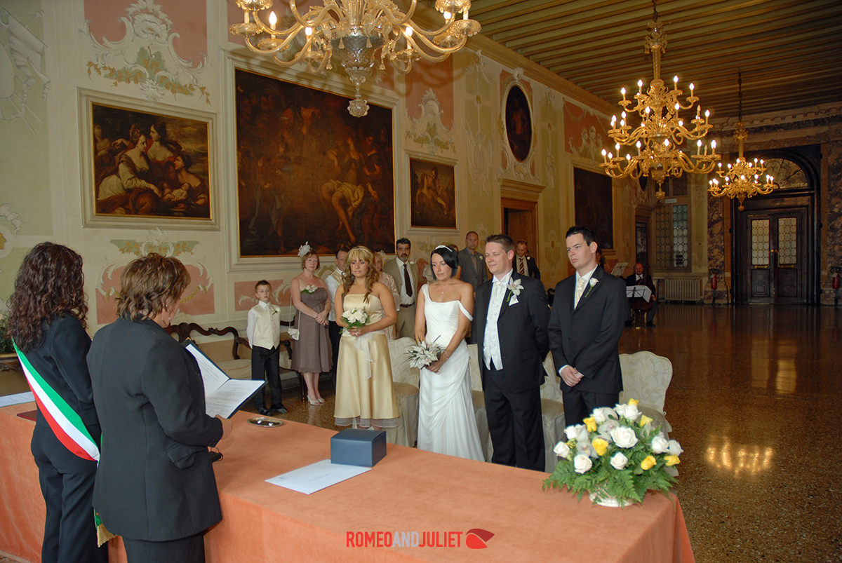 Civil wedding venice italy wedding locations for Local venues for weddings