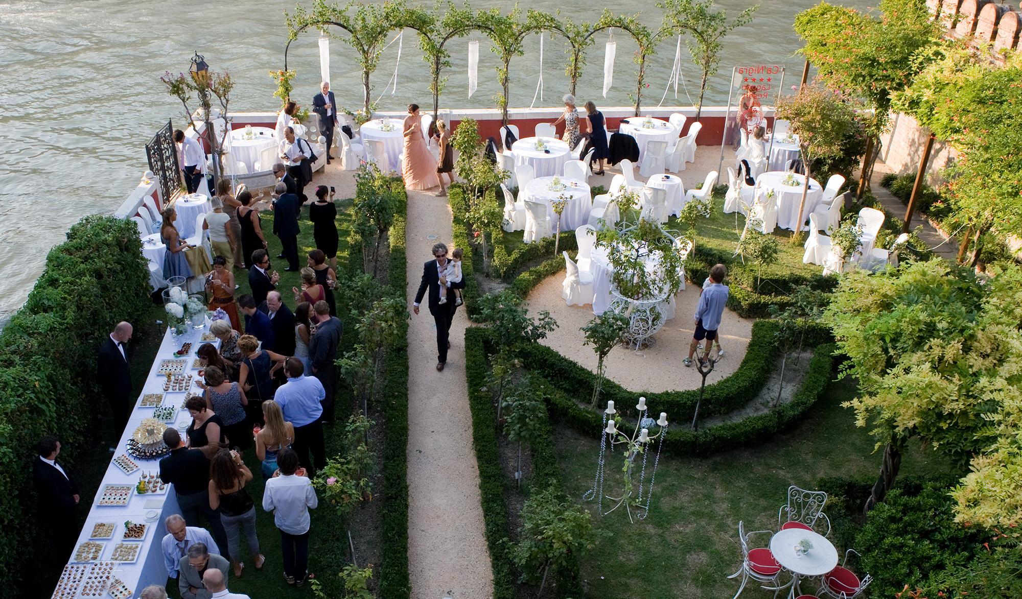 Design hotel venice italy wedding locations for Design hotel wedding